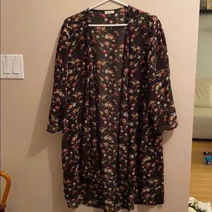 Ardene black floral kimono